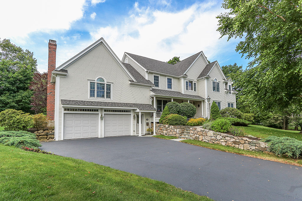 Exterior Photograph of 162 Greenhill Road, Westwood MA